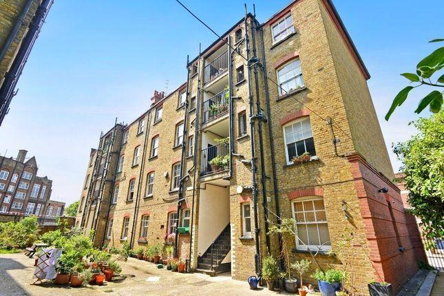 Thumbnail Flat for sale in Welwyn Street, Bethnal Green