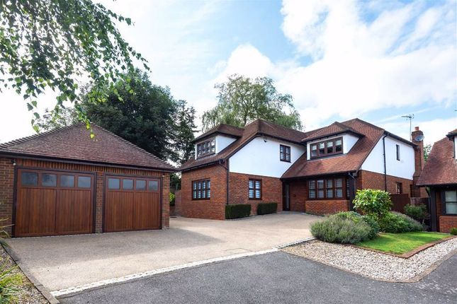 Thumbnail Detached house for sale in Rowbourne Place, Cuffley, Hertfordshire