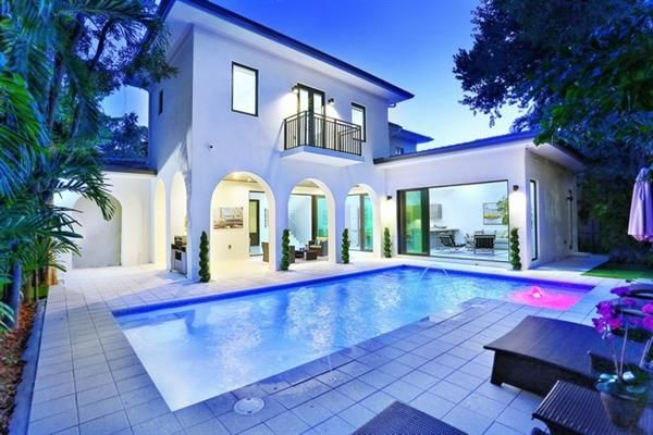 Photo of 427 Amalfi Ave, Coral Gables, Florida, United States Of America