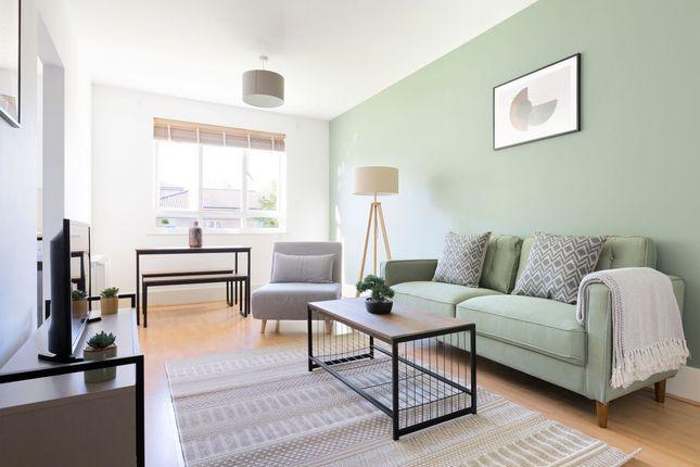Thumbnail Flat to rent in De Beauvoir Road, London