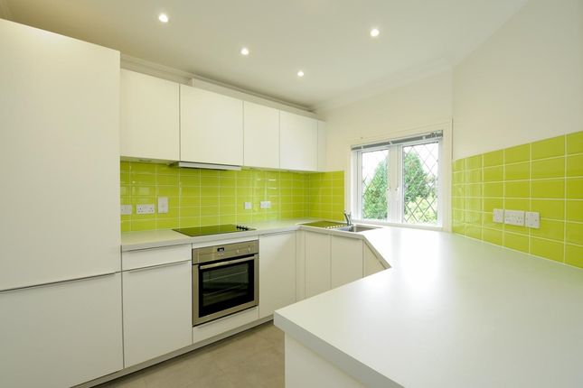 Thumbnail Flat to rent in Thames Street, Sonning