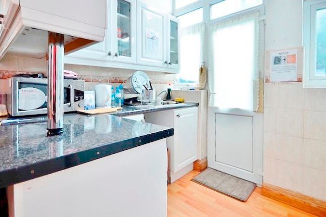 Flat to rent in Wilberforce Road, Finsbury Park, London