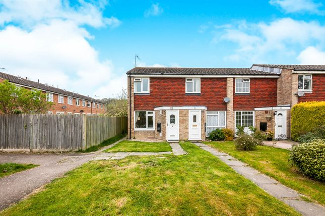 Thumbnail End terrace house for sale in Rothervale, Horley