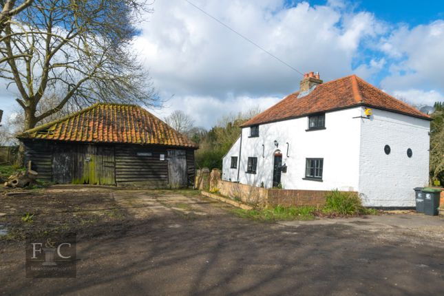 Thumbnail Property for sale in Betts Lane, Nazeing, Waltham Abbey
