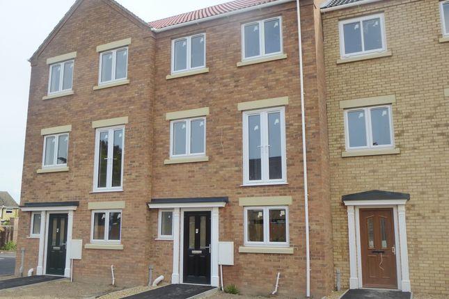 4 bedroom terraced house for sale in Lerowe Road, Wisbech