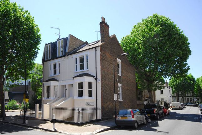 Thumbnail Semi-detached house to rent in Effie Place, Fulham Broadway