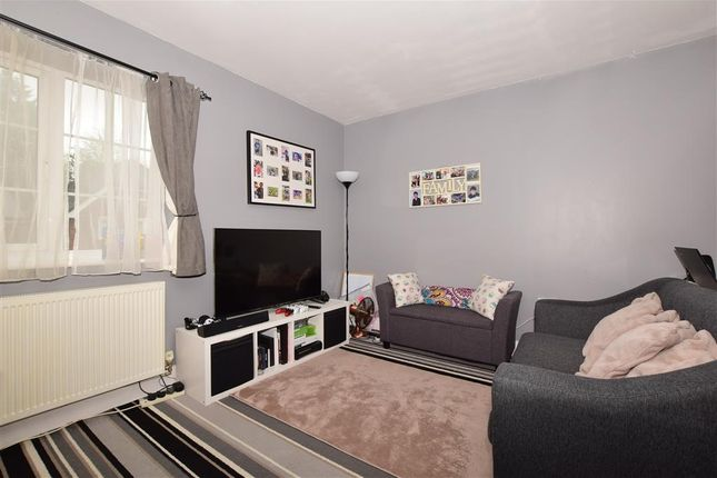 Thumbnail Flat for sale in Birch Grove, East Grinstead, Surrey