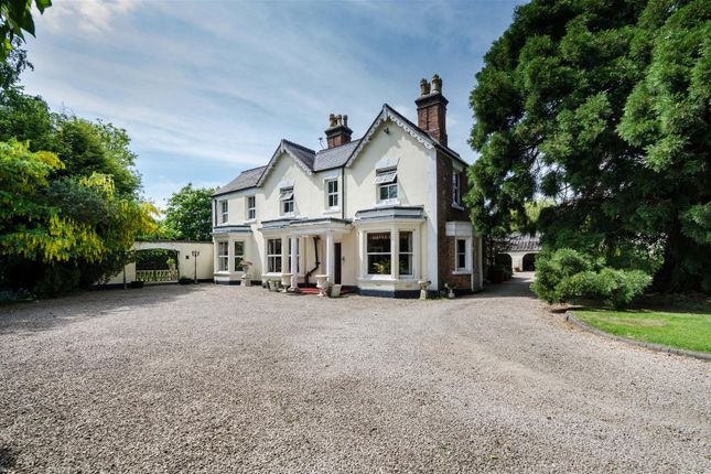 Thumbnail Detached house for sale in The Hollies, Lutterworth Road, Burbage