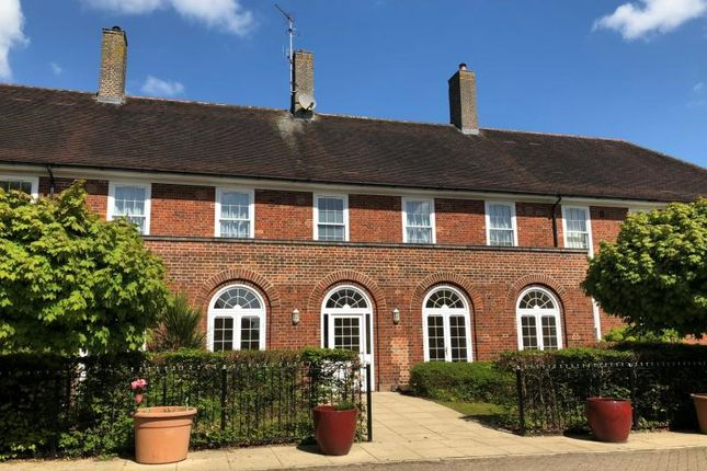 0fb6d55894f 5 bed property to rent in 62 Nightingales, Bishops Stortford, Herts ...
