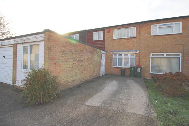 Thumbnail Terraced house to rent in Swaledale Close, Crawley