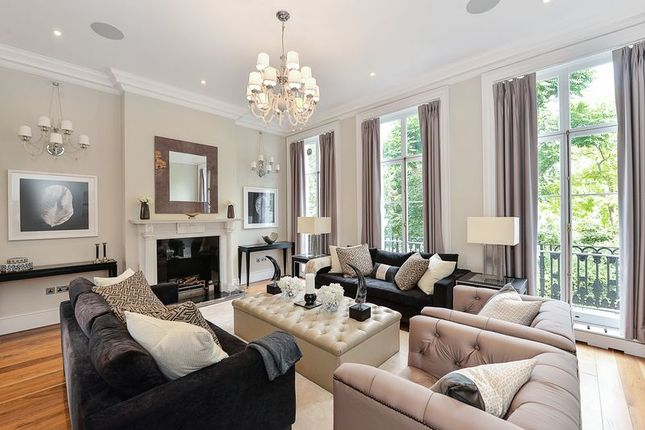 Terraced house for sale in Carlyle Square, Chelsea