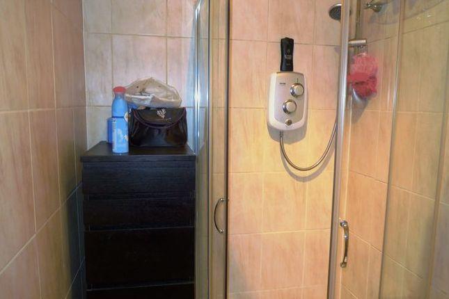 Shower Room of North Overgate, Kinghorn, Burntisland KY3