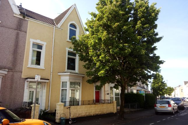 Thumbnail Property to rent in St Helens Avenue, Brynmill, Swansea