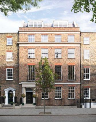 Thumbnail Flat for sale in John Street, London