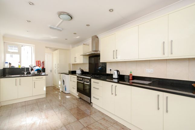 Thumbnail Terraced house to rent in Calydon Road, Charlton