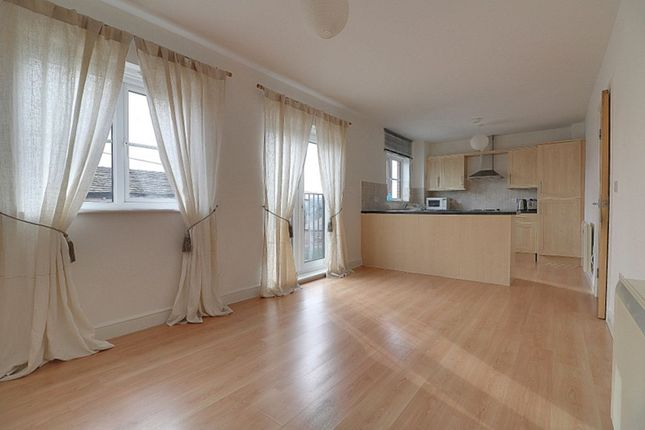 2 bed flat for sale in Water Royd Lane, Mirfield WF14