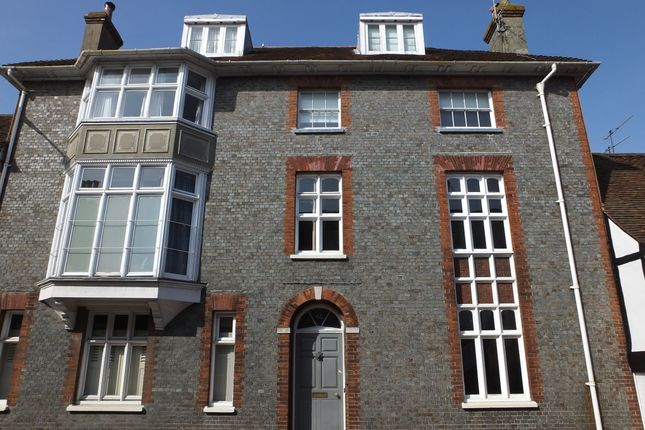 Thumbnail Maisonette to rent in Southover High Street, Lewes