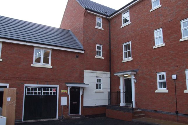Thumbnail Property to rent in Larks Rise, Coach House, Redditch