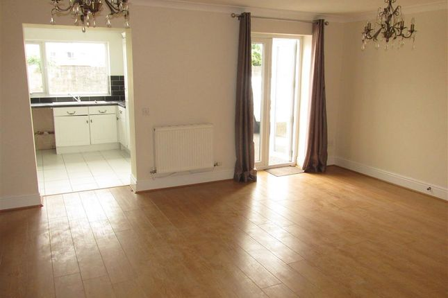 Thumbnail Property to rent in Bryn Road, Loughor, Swansea