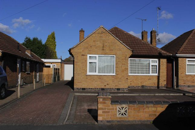 Thumbnail Detached bungalow to rent in Southdown Drive, Thurmaston, Leicester