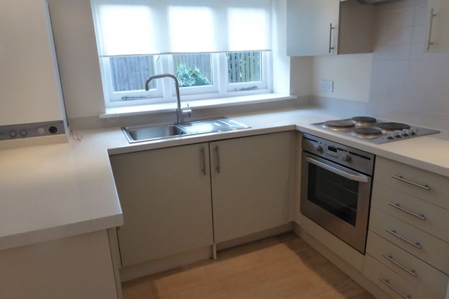 Thumbnail Flat to rent in Fletching Street, Butcher's Cross, Mayfield, East Sussex