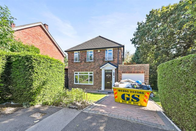 Thumbnail Detached house to rent in Ravenswood Park, Northwood, Middlesex