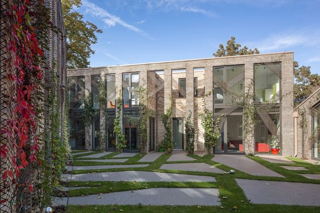 Thumbnail Detached house to rent in Rockbourne Mews, Forest Hill, London