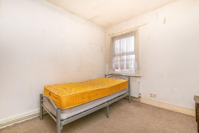 Bedroom 2 of St. Peters Road, Reading, Berkshire RG6