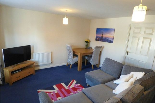 Thumbnail Flat to rent in Gilbert Way, Langley, Berkshire