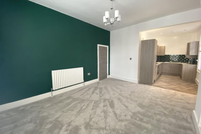2 bed flat for sale in Victoria Street, Altrincham WA14