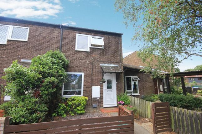 Thumbnail Property to rent in Lidstone Close, Horsell, Woking