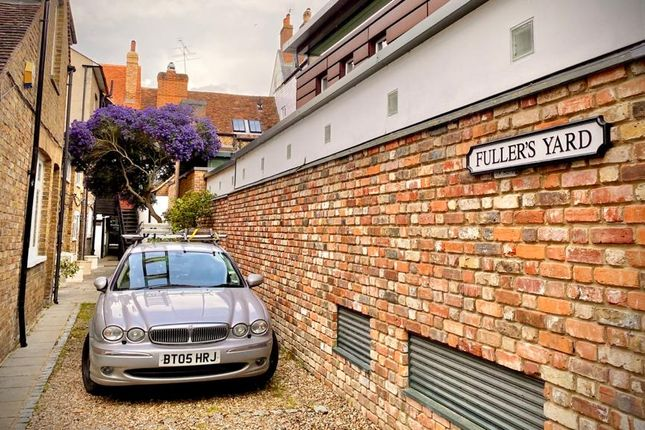 Thumbnail Office to let in Fullers Yard, 88A High Street, Eton