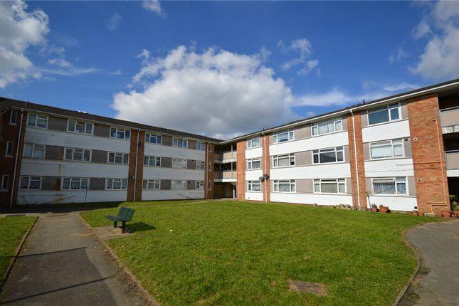 Thumbnail Flat to rent in Ellis Road, Coulsdon, Surrey