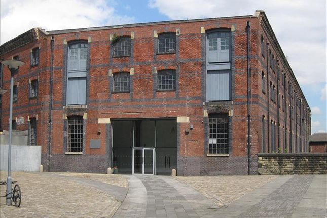 Thumbnail Office to let in Suite 9, St George's Quarter, New North Parade, Huddersfield
