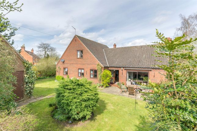 Thumbnail Detached house for sale in Bintree, Dereham