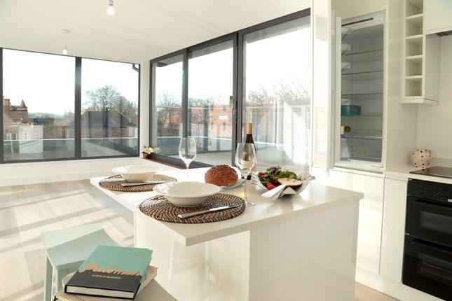 Thumbnail Penthouse for sale in Barratt Place, Easton Street, High Wycombe