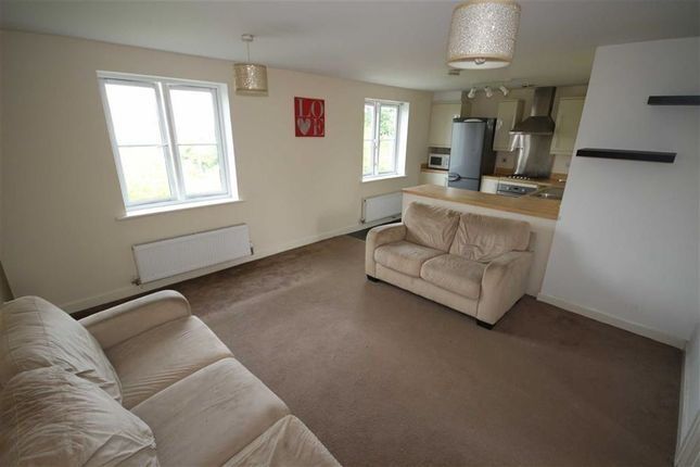 Thumbnail Flat for sale in Phoebe Way, Swindon
