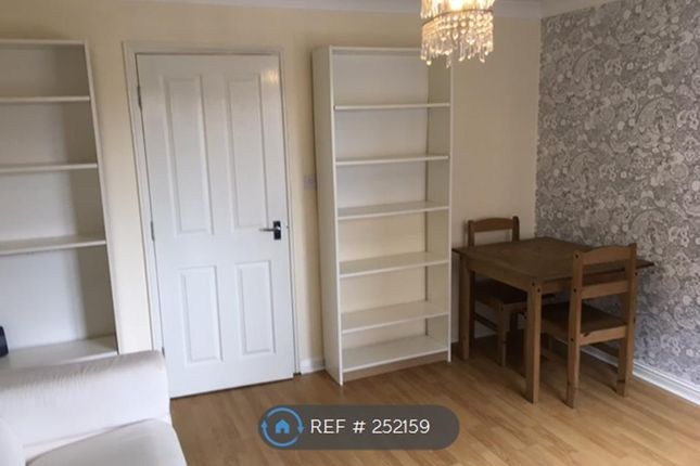 Thumbnail Terraced house to rent in Ellis Street, Manchester