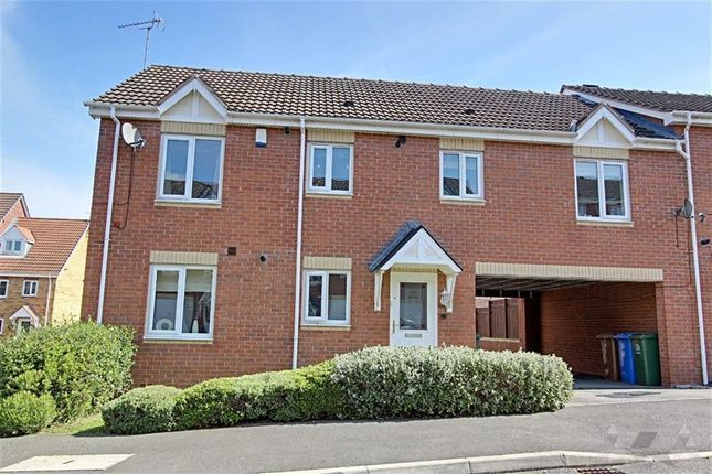 Thumbnail Maisonette to rent in Dewberry Gardens, Mansfield, Nottinghamshire