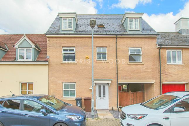 3 bed terraced house to rent in James Parnell Drive, Colchester, Essex CO2