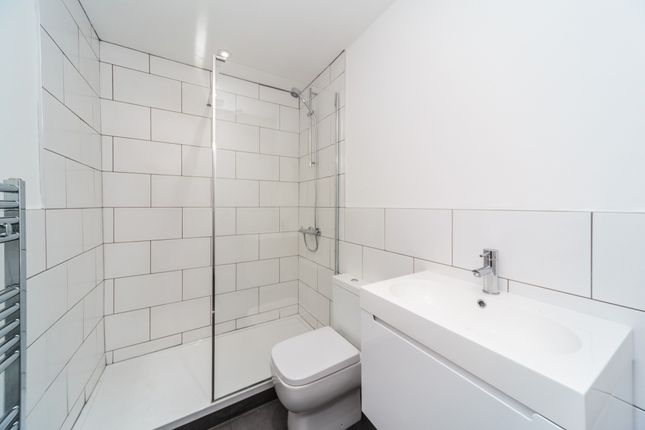 Shower Room of Caledonian Road, Brighton, East Sussex BN2