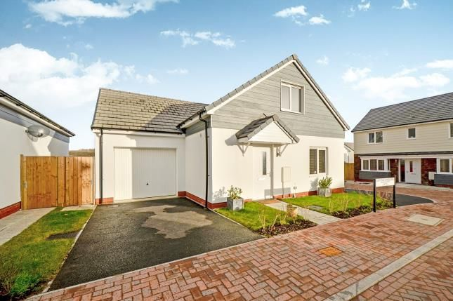 Thumbnail Detached house for sale in Shortlanesend, Truro, Cornwall