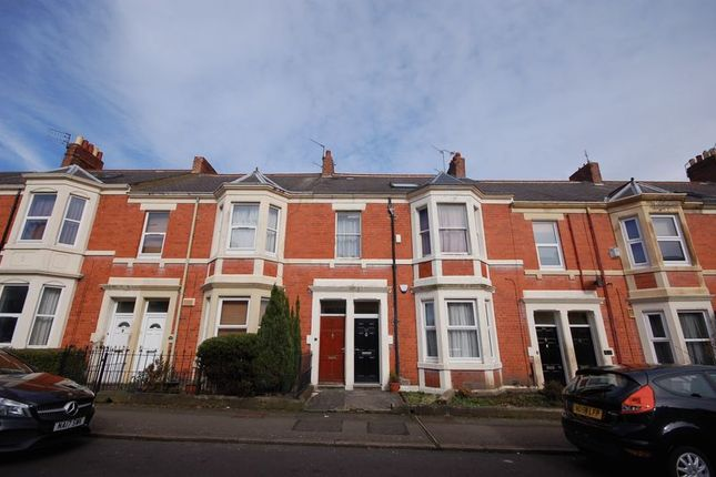 Thumbnail Flat for sale in Ashleigh Grove, West Jesmond, Newcastle Upon Tyne