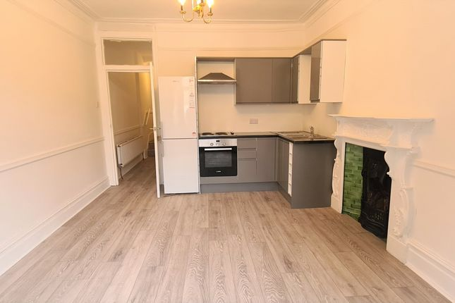 Thumbnail Flat for sale in Devonshire Road, London