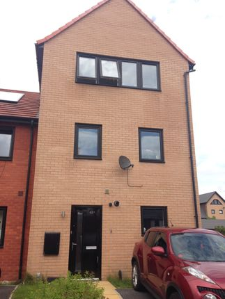 Thumbnail Town house to rent in Marvell Way, Wath Upon Dearne