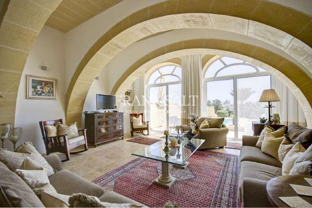 5 bed farmhouse for sale in Sannat, Converted House Of Character, Sannat, Malta