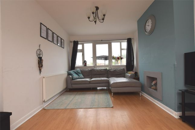 Thumbnail Terraced house to rent in Highfield Road, Collier Row, Romford