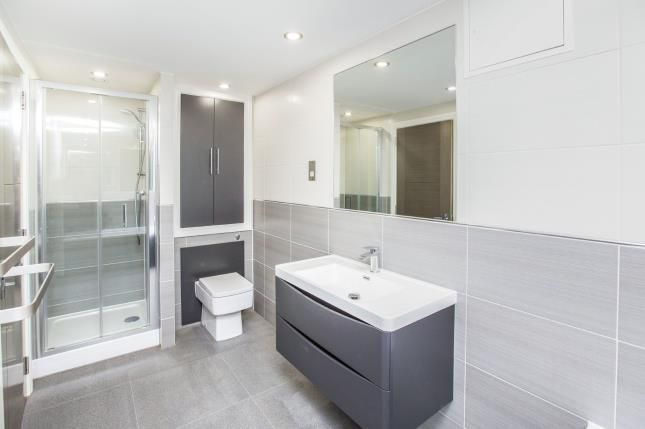 Bathroom of Grays Terrace, Katherine Road, London E7