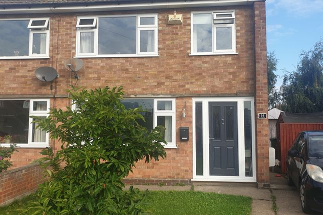 3 bed semi-detached house for sale in Valda Vale, Immingham DN40