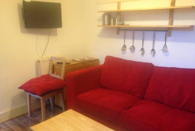 Thumbnail Flat to rent in Hillhead Terrace, Aberdeen, 3Je